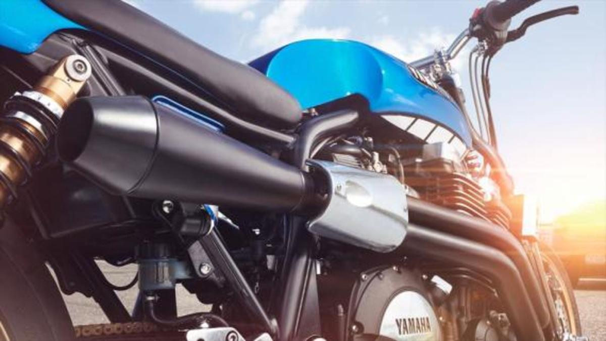 yamaha-yard-built-xjr1300-rhapsody-in-blue-06