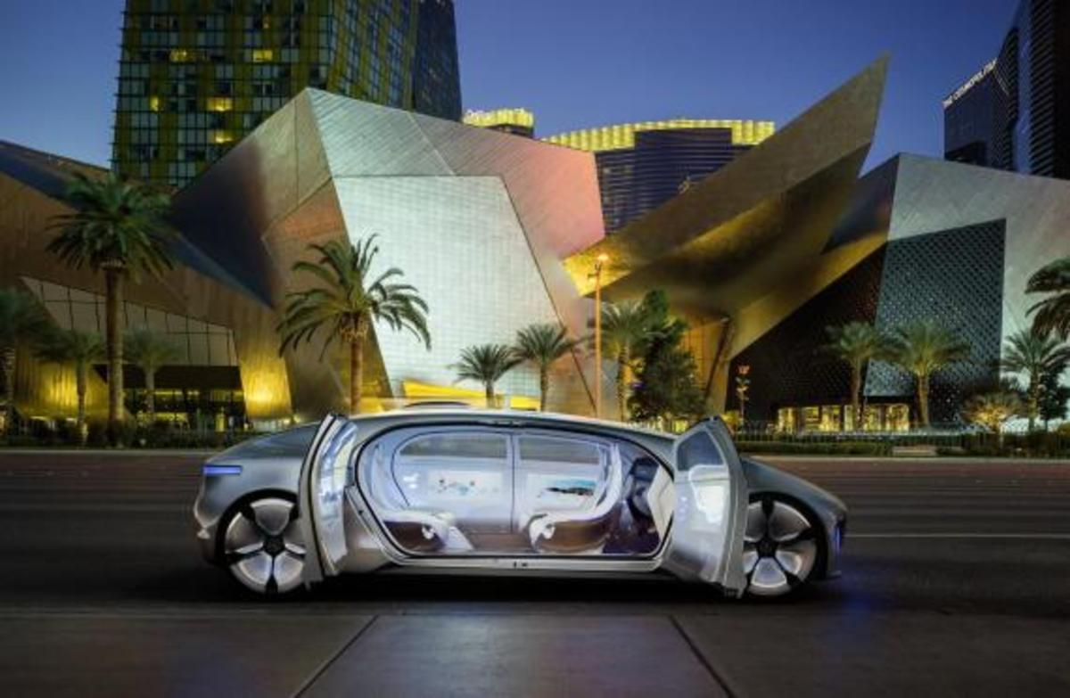 mercedes-benz-f-015-luxury-in-motion-concept-15