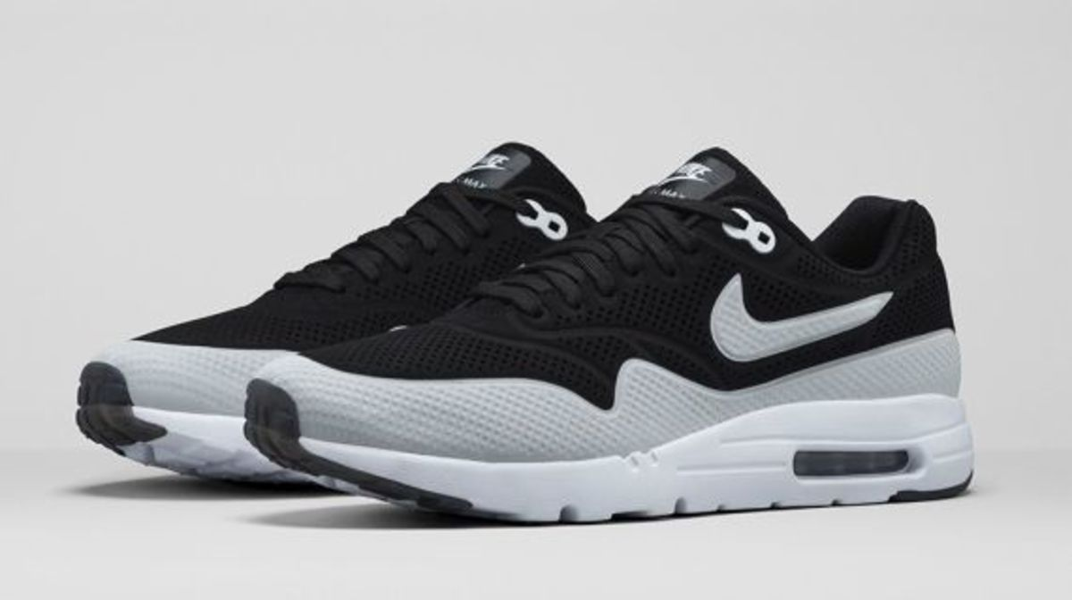 Men's Nike Air Max 1 Ultra Moire 705297-001 Black/Black/White