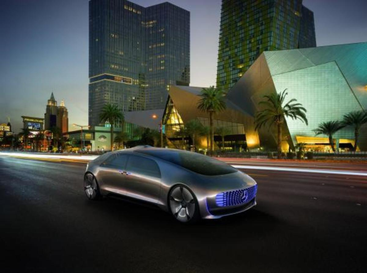 mercedes-benz-f-015-luxury-in-motion-concept-16