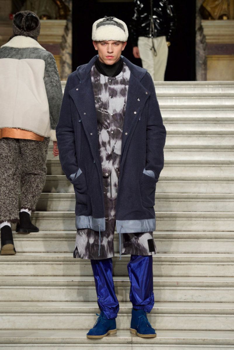 pigalle-fall-winter-2015-collection-runway-show-07
