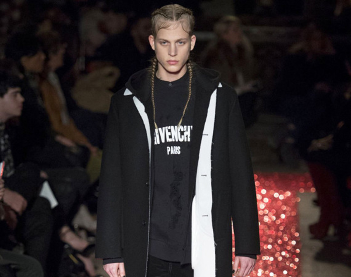 givenchy-fall-winter-2015-collection-00