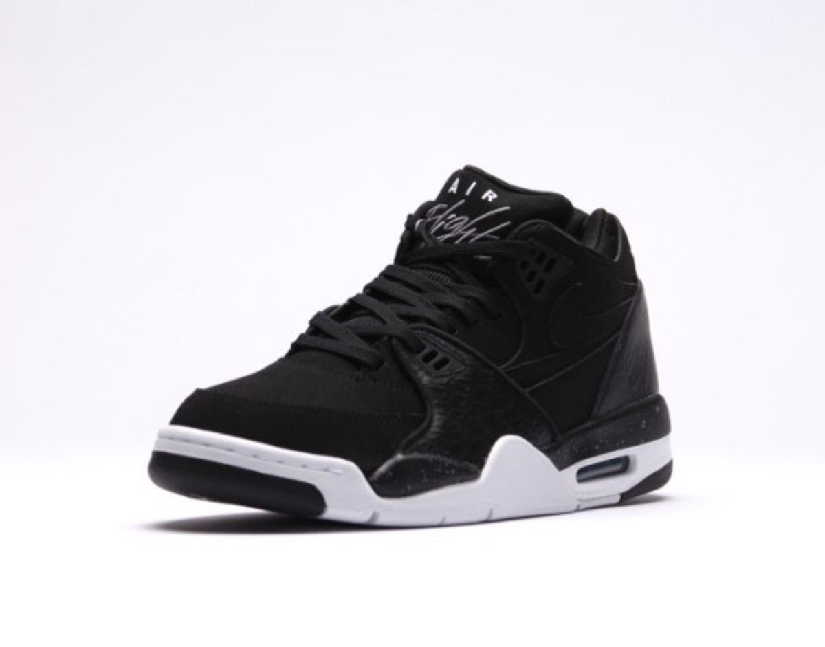 nike-air-flight-89-black-reptile-03