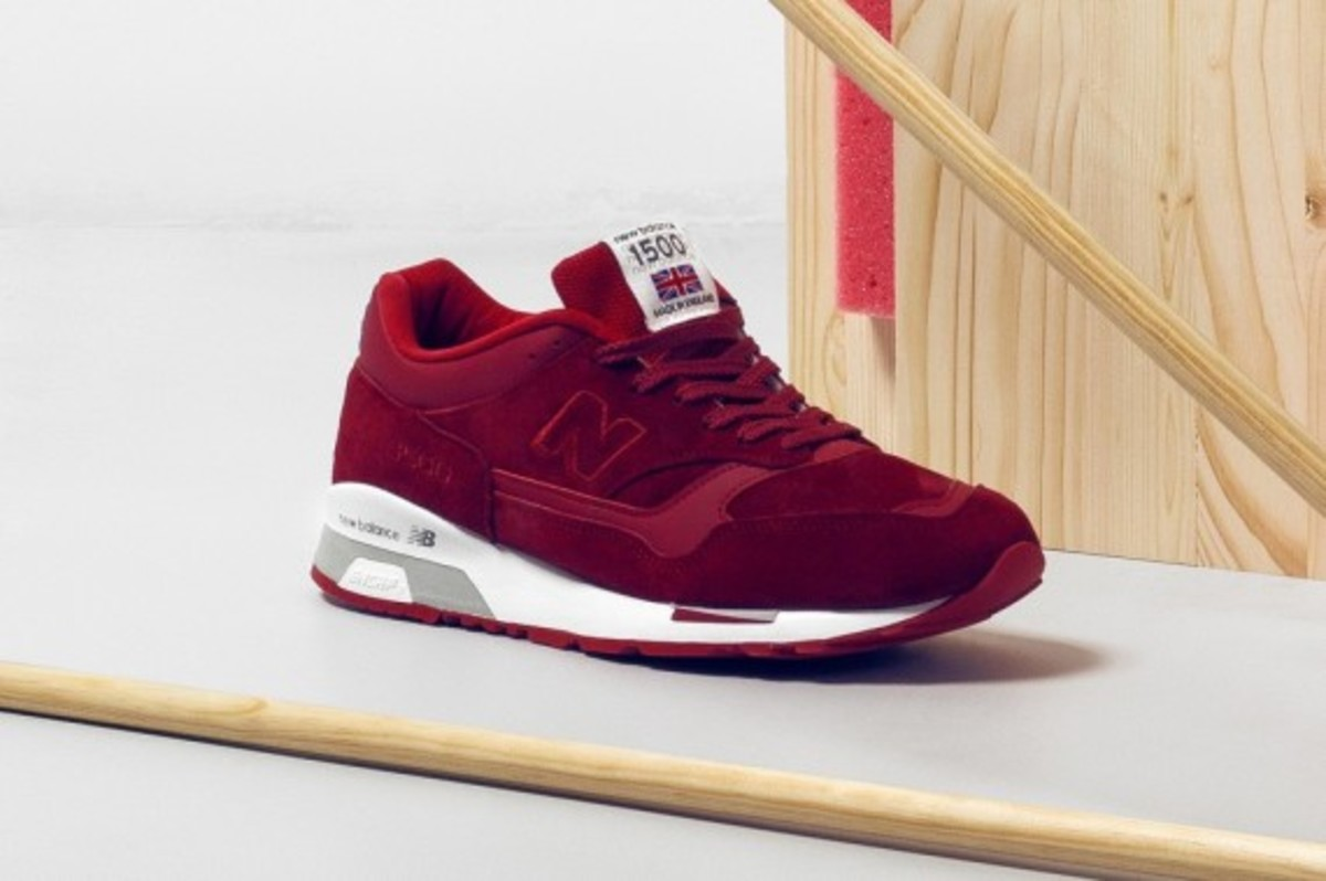 new-balance-flying-the-flag-collection-04