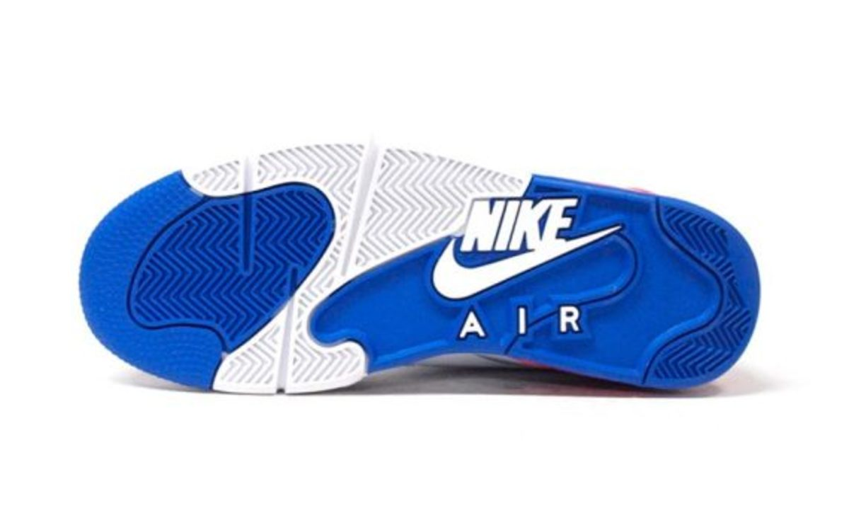 nike-air-command-force-ultramarine-another-look-05