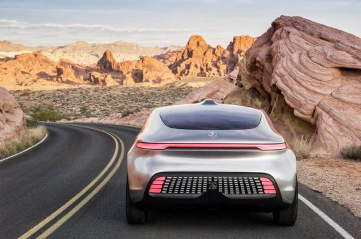 mercedes-benz-f-015-luxury-in-motion-concept-08