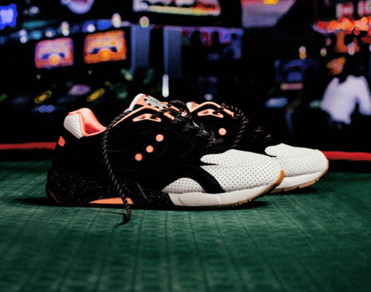 feature-saucony-g9-shadow-6-high-roller-01
