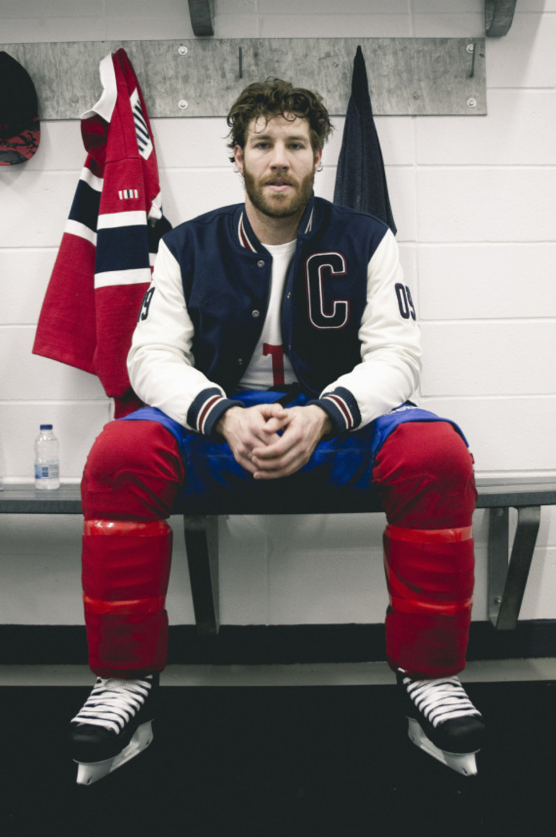 montreal-canadiens-off-the-hook-capsule-collection-02