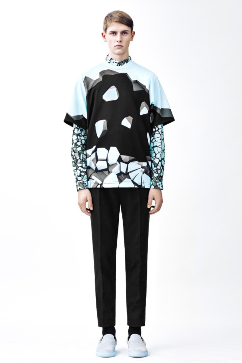 christopher-kane-fall-winter-2015-collection-18
