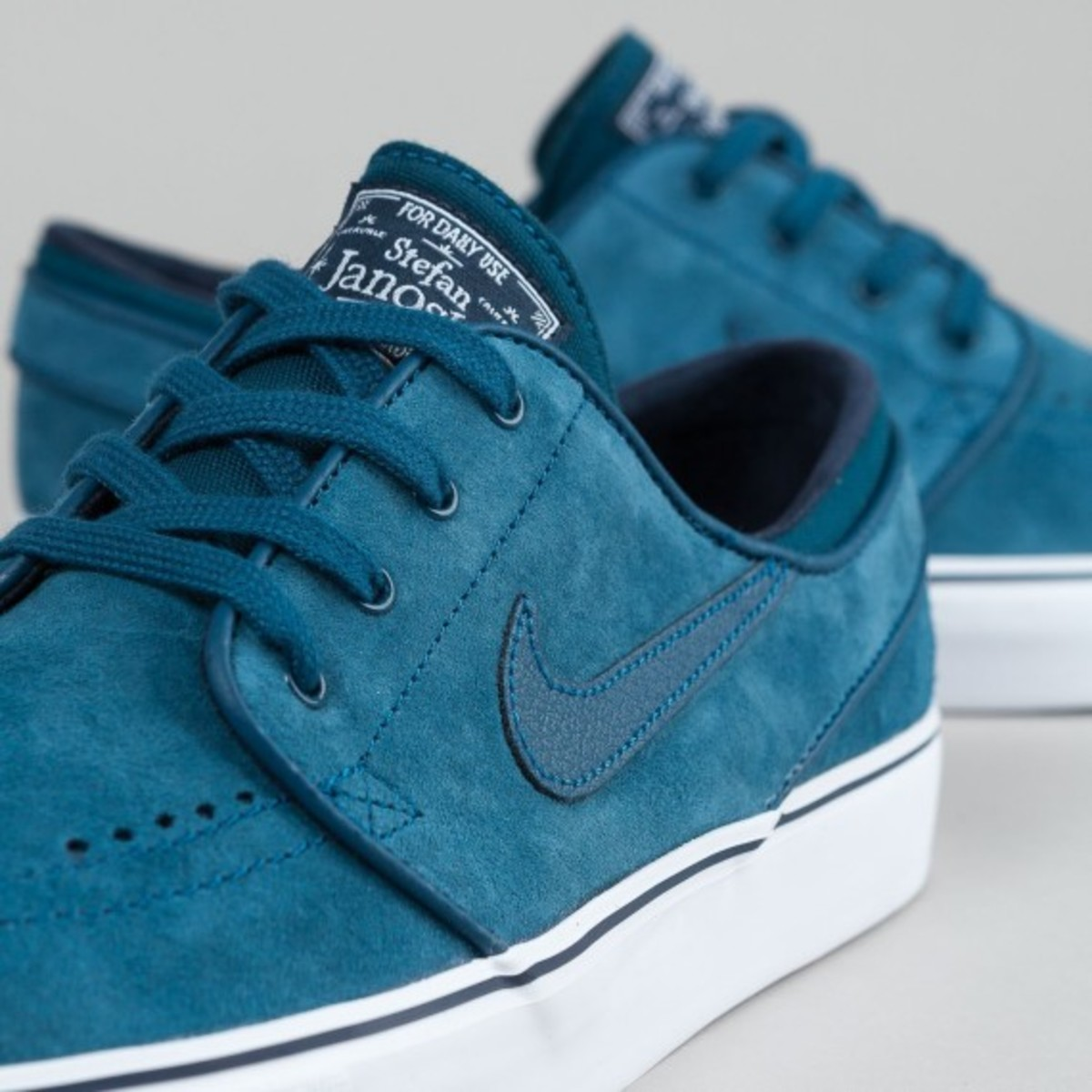 nike-sb-stefan-janoski-blue-force-05