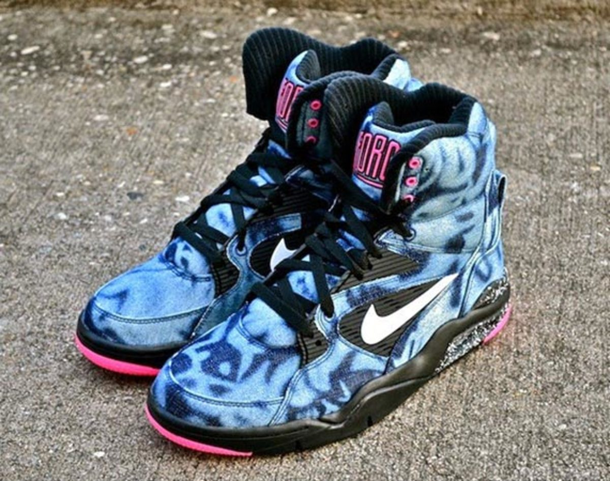 nike-air-command-force-washed-denim-00