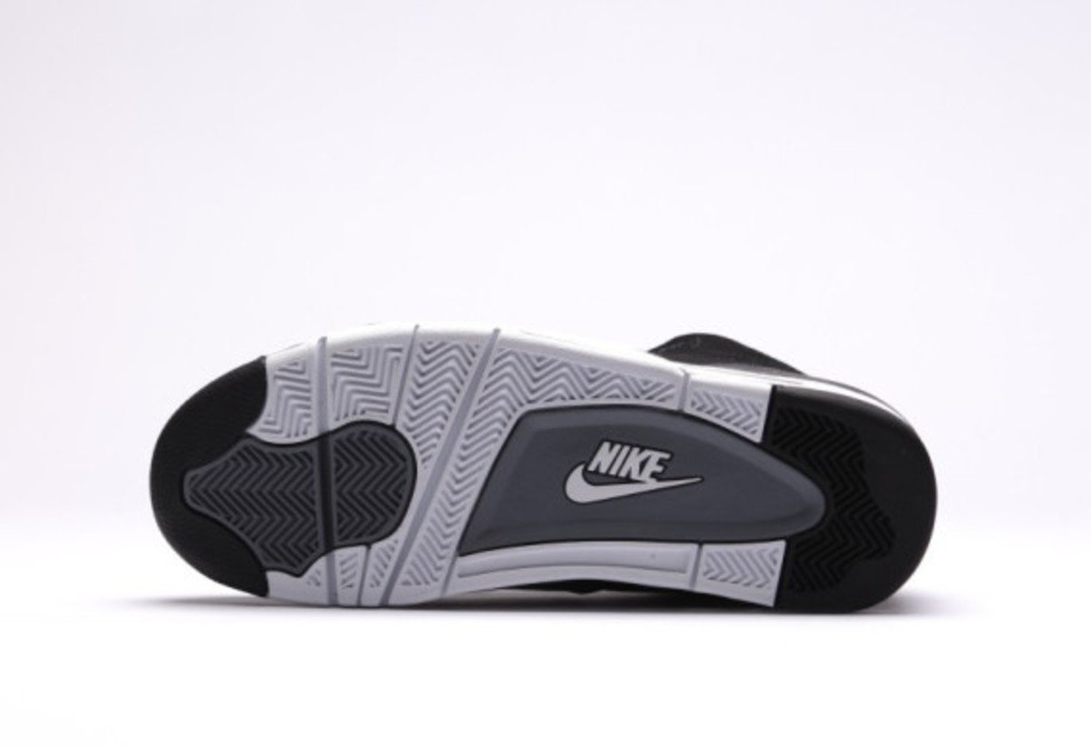 nike-air-flight-89-black-reptile-06