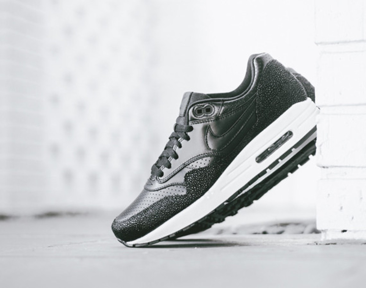 362bc773e53c8 Nike Air Max 1 Leather PA