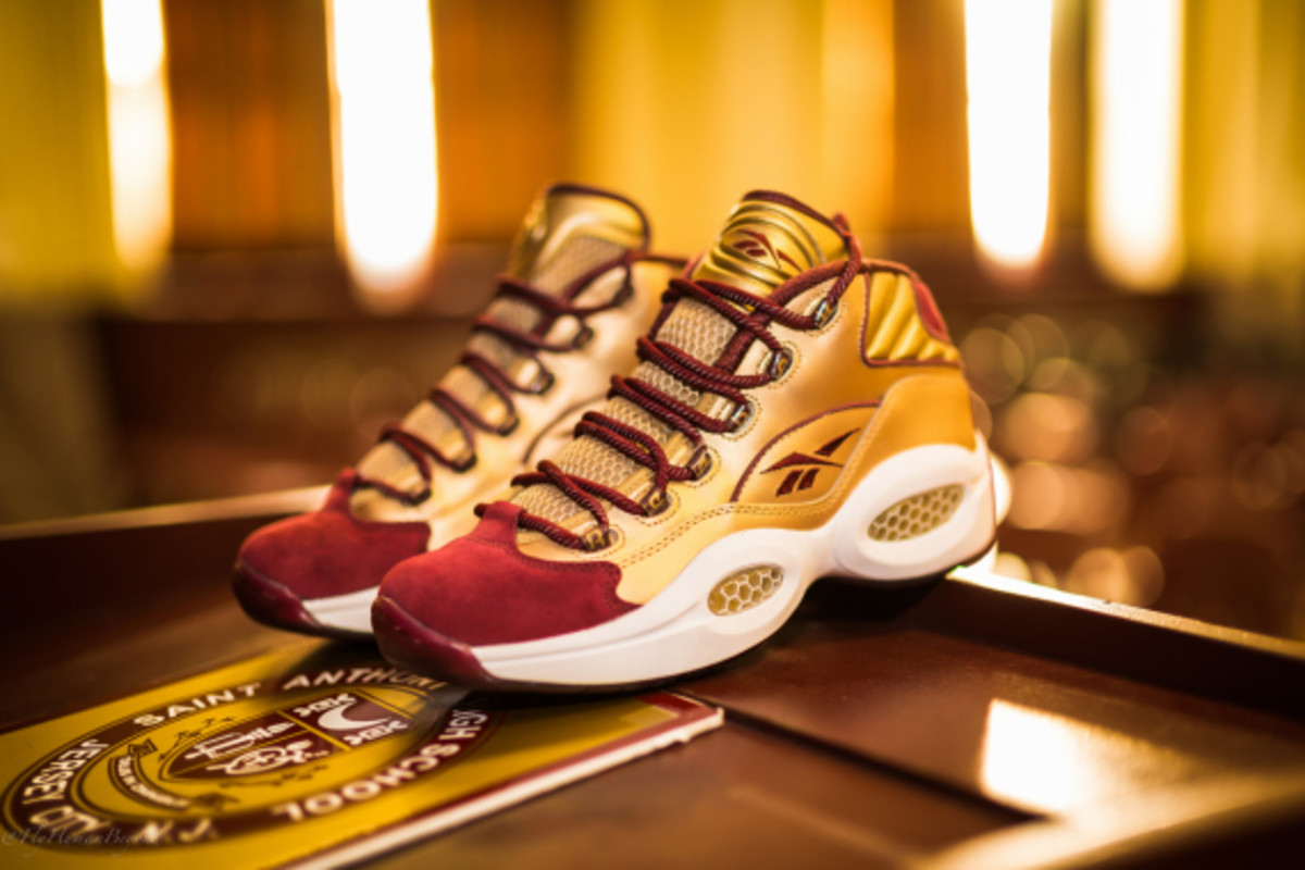 packer-shoes-reebok-question-mid-saint-anthony-pe-02