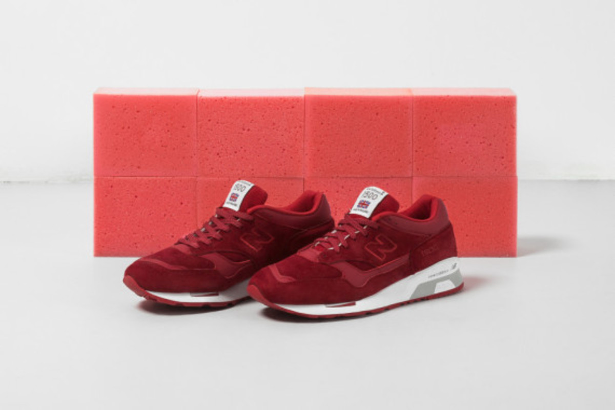 new-balance-flying-the-flag-collection-02