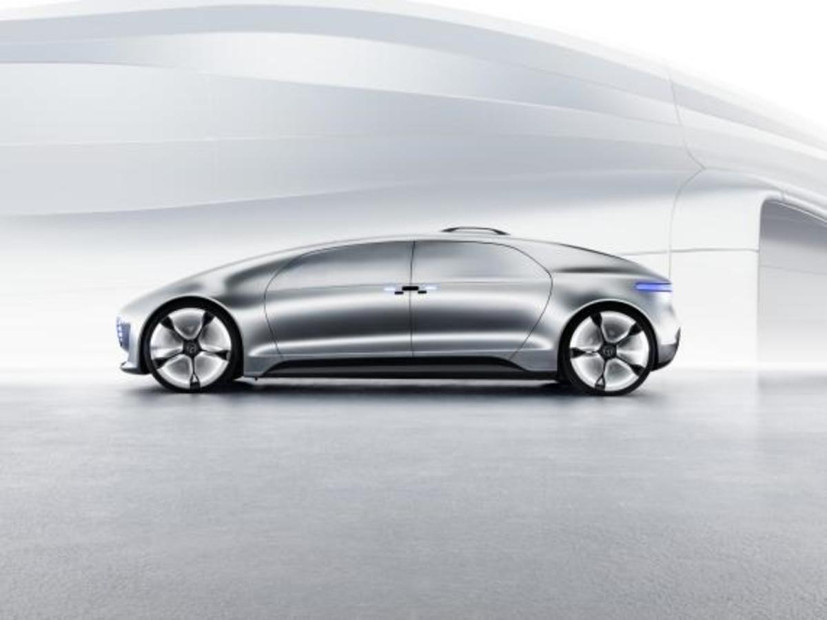 mercedes-benz-f-015-luxury-in-motion-concept-03