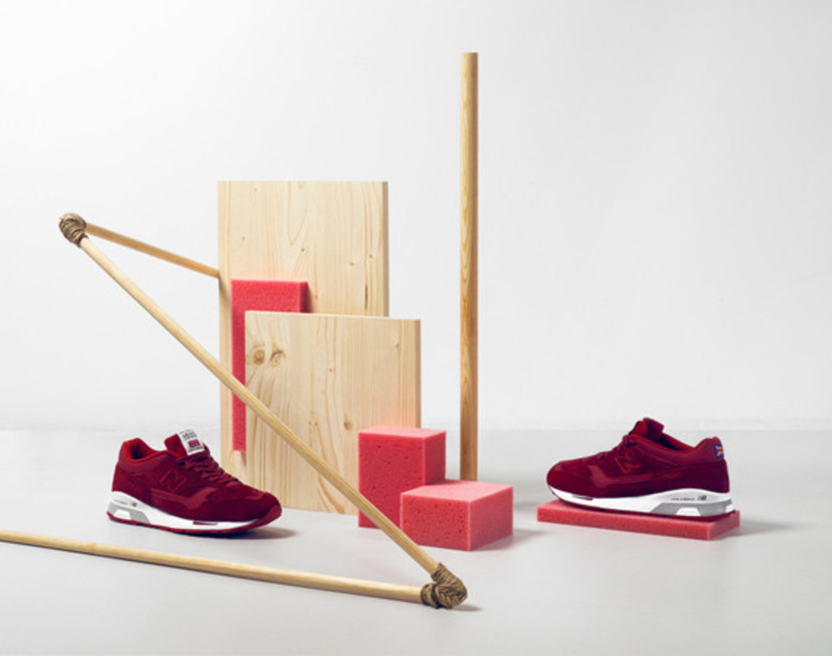 new-balance-flying-the-flag-collection-01