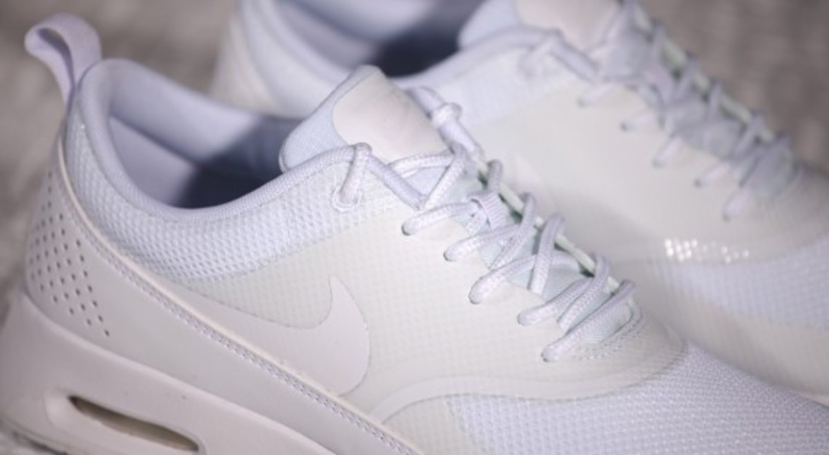 nike-wmns-air-max-thea-all-white-08
