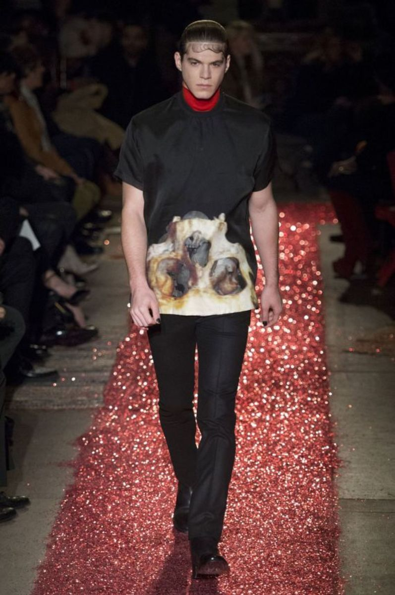 givenchy-fall-winter-2015-collection-10