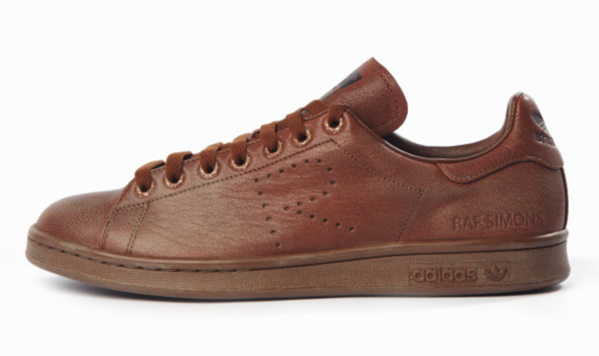 adidas-by-raf-simons-fall-winter-2015-footwear-collection-05