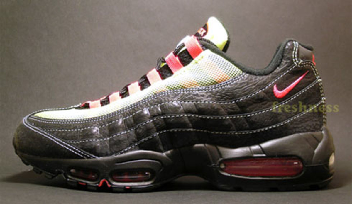 Nike  Air Max 95 iD Launches at NIKEiD Studio March 9th - 1