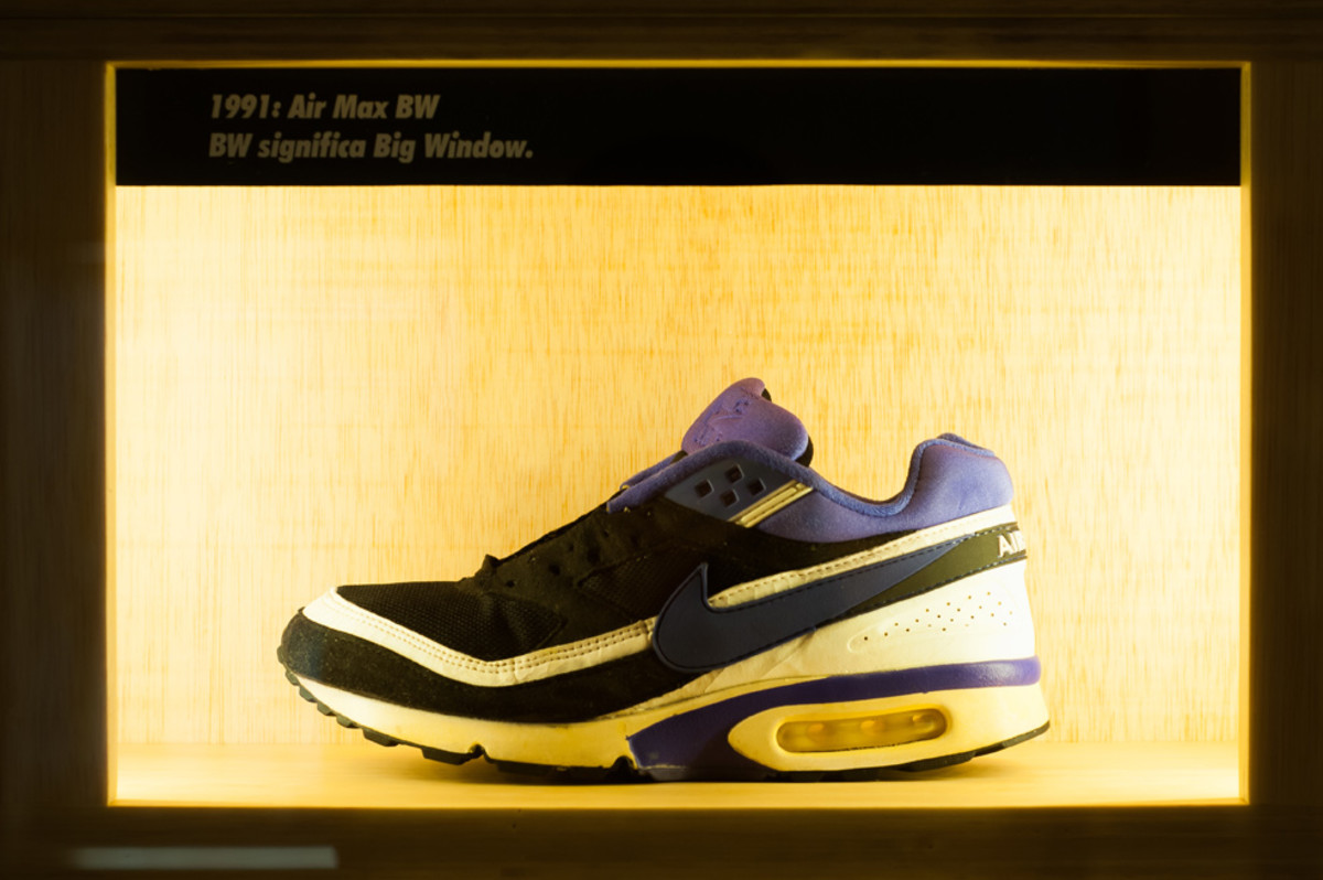 the-worlds-largest-air-max-wall-10