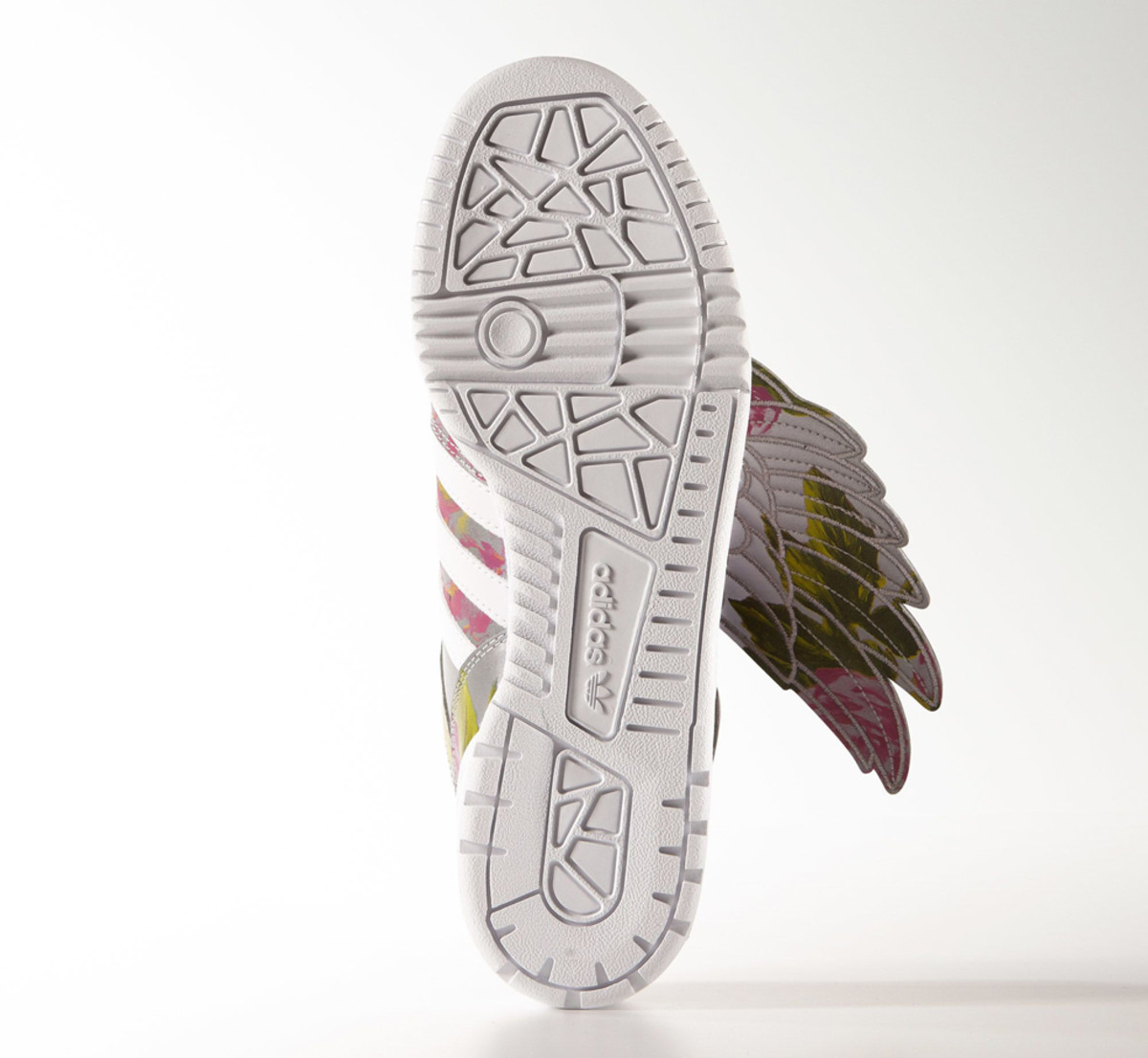 adidas-originals-by-jeremy-scott-wings-floral-04