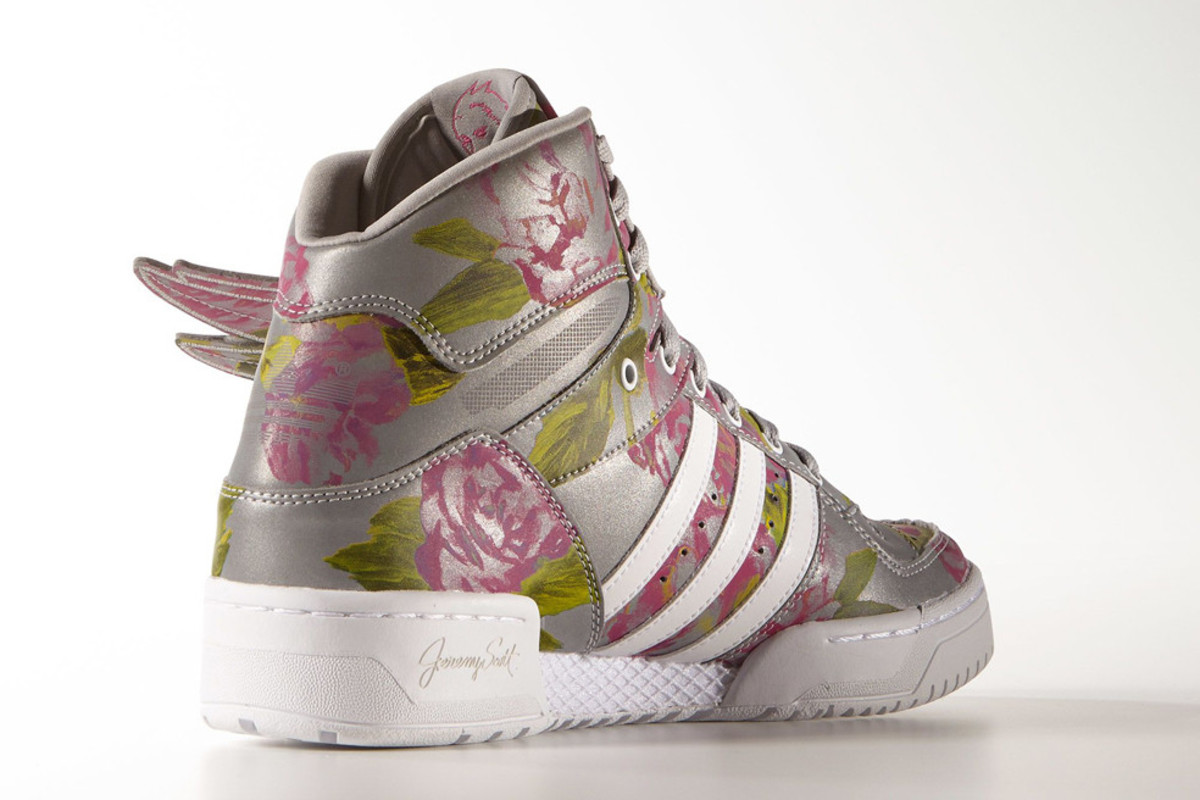 adidas-originals-by-jeremy-scott-wings-floral-02