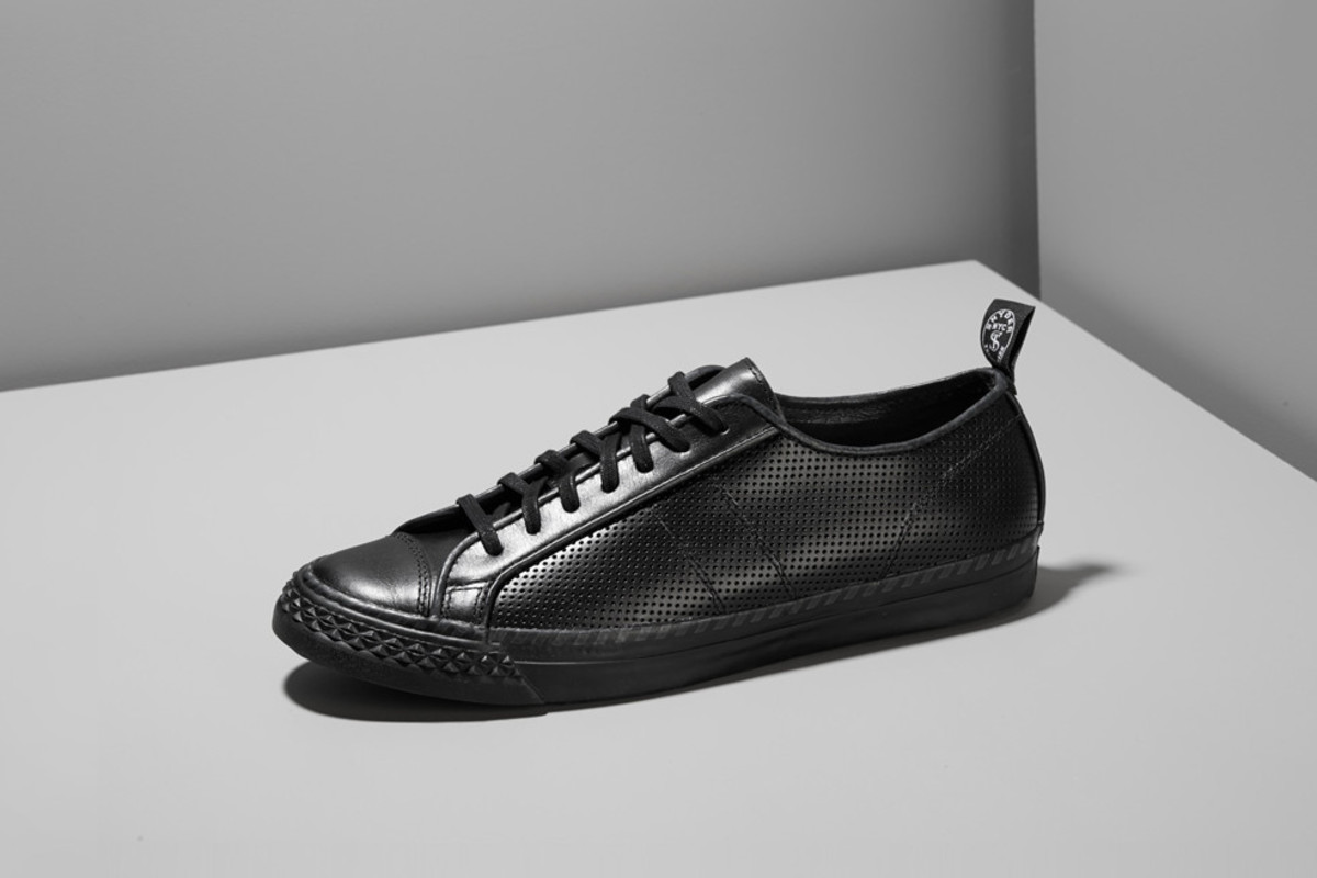 todd-snyder-pf-flyers-perforated-leather-rambler-02