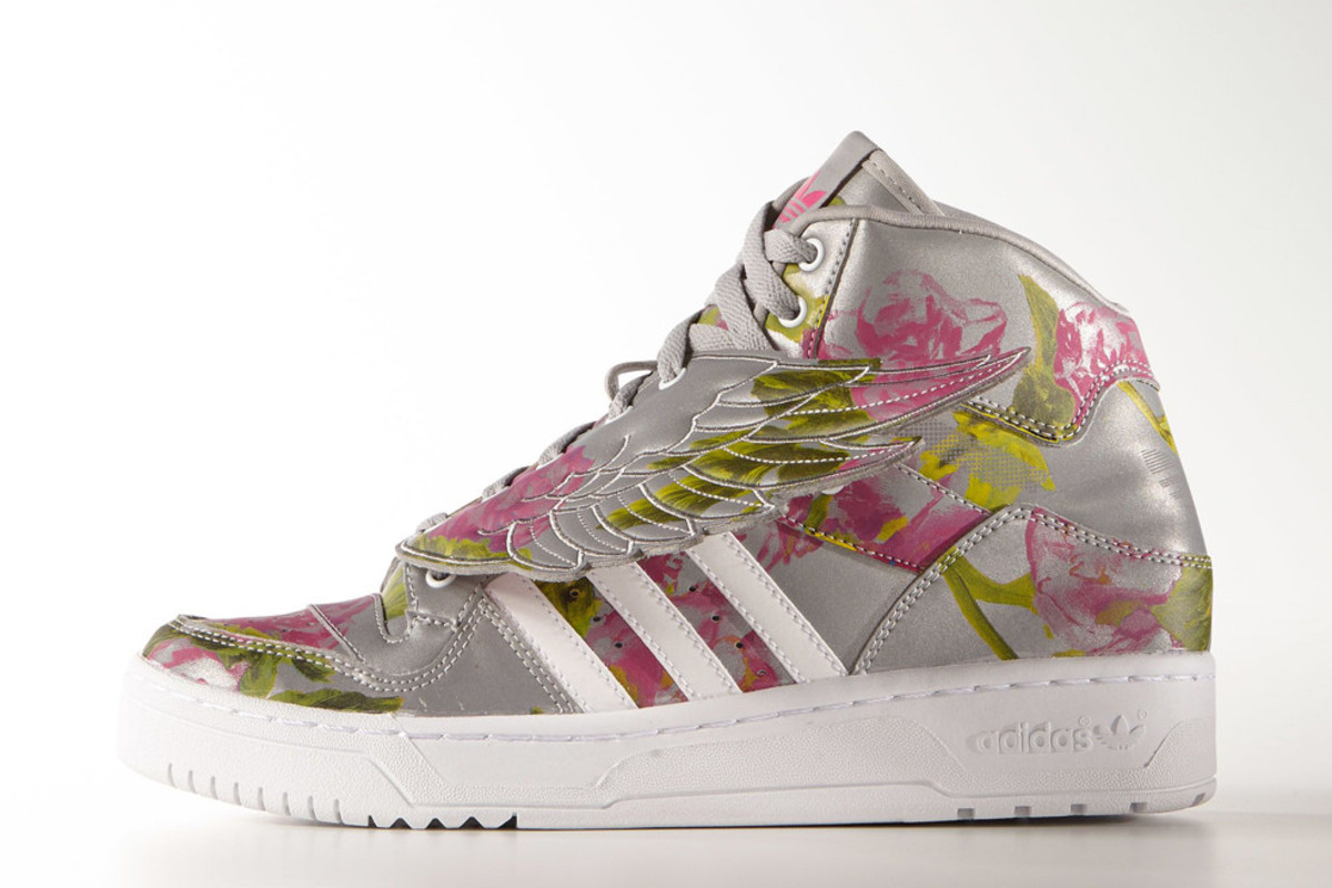 adidas-originals-by-jeremy-scott-wings-floral-01