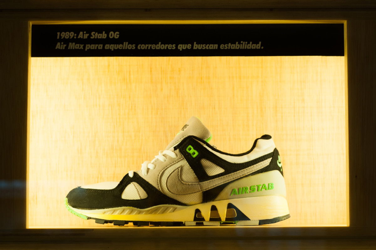 the-worlds-largest-air-max-wall-07