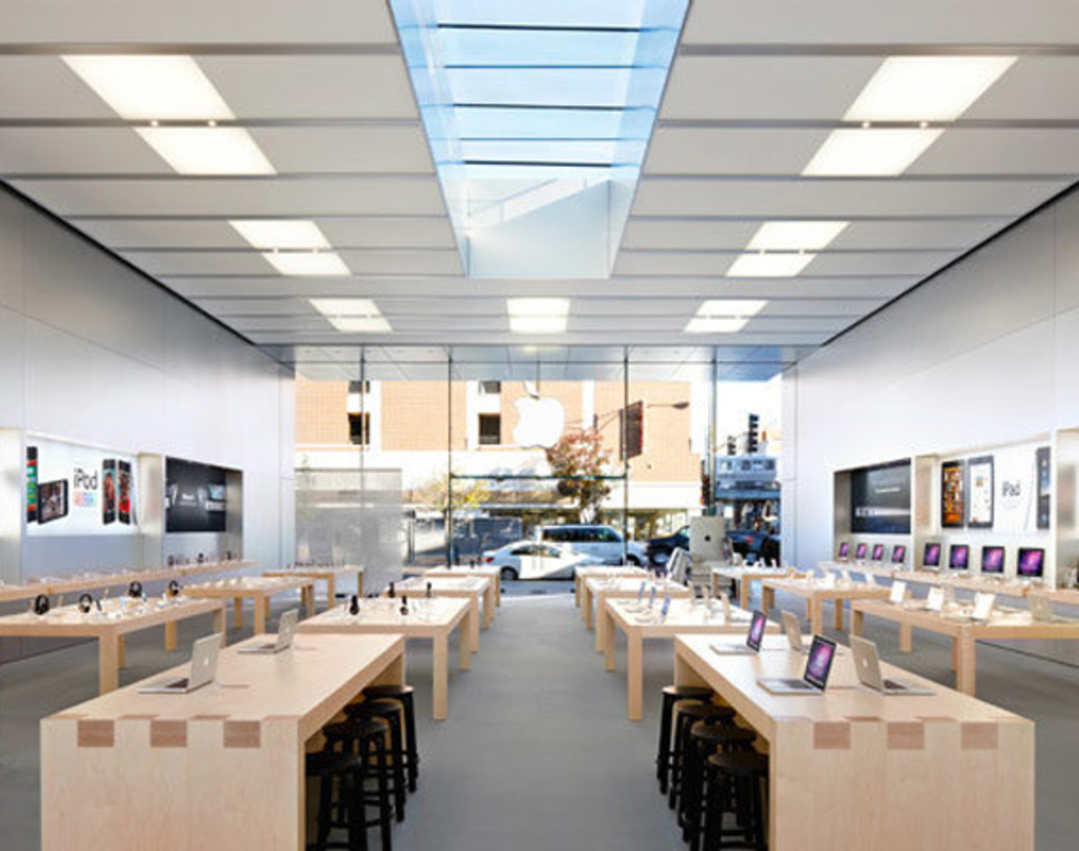 apple-store-redesign-for-apple-watch-00