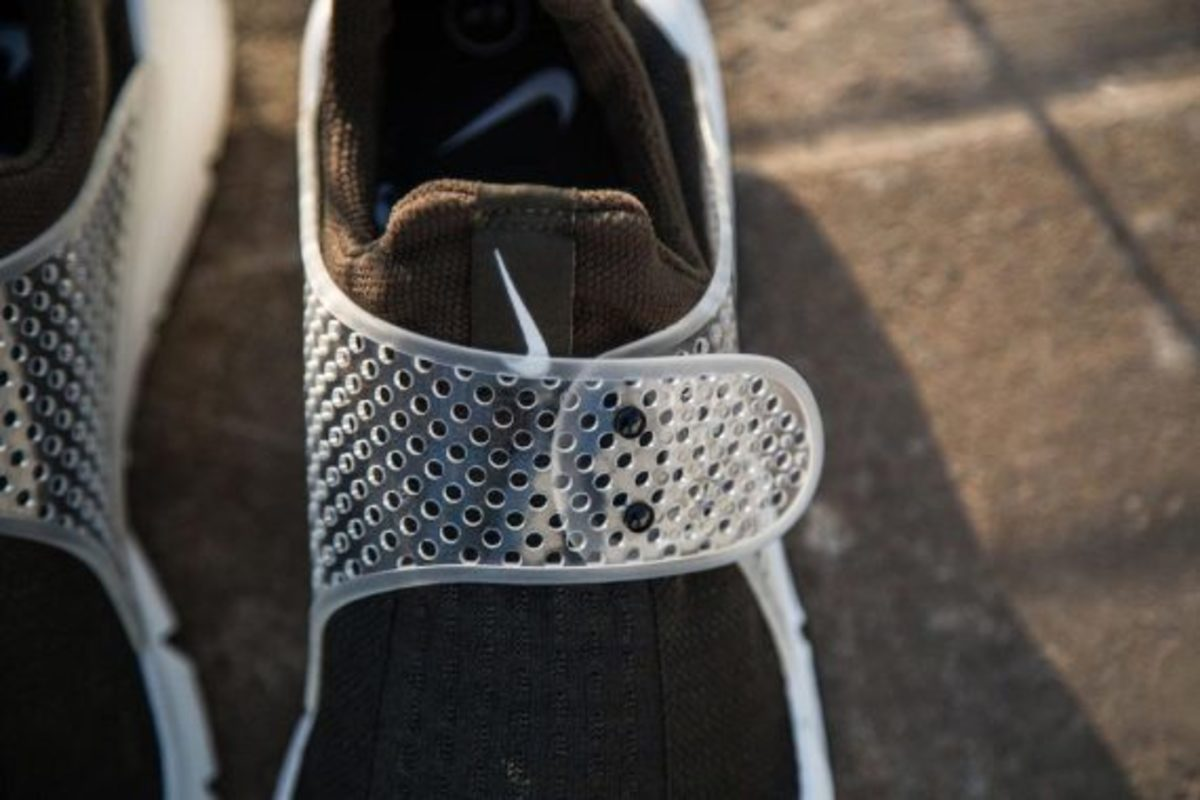 fragment-design-nike-sock-dart-another-look-04