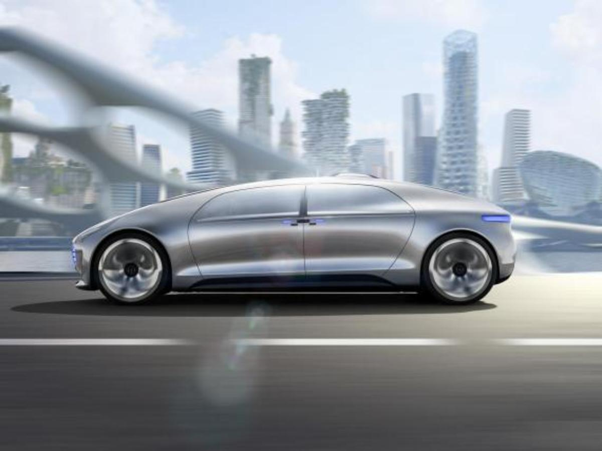 mercedes-benz-f-015-luxury-in-motion-concept-14