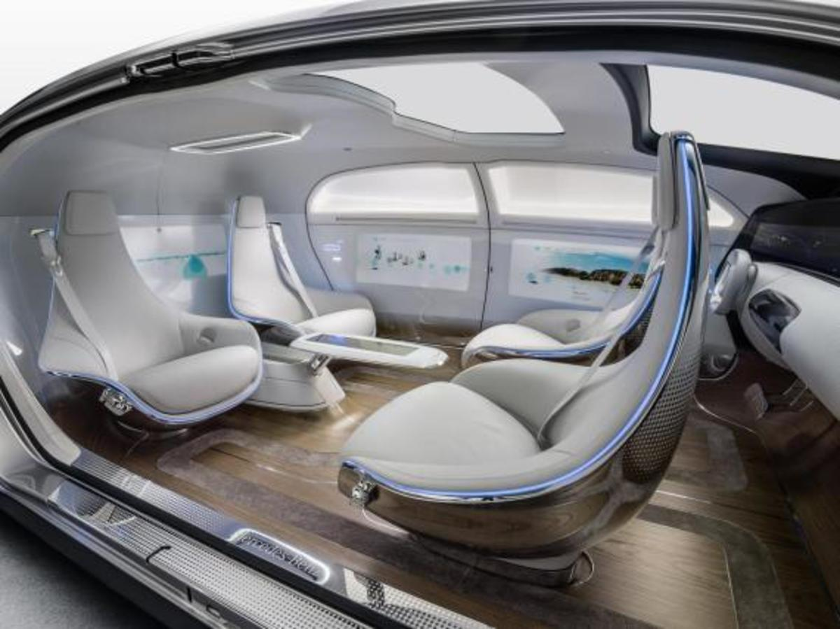mercedes-benz-f-015-luxury-in-motion-concept-05