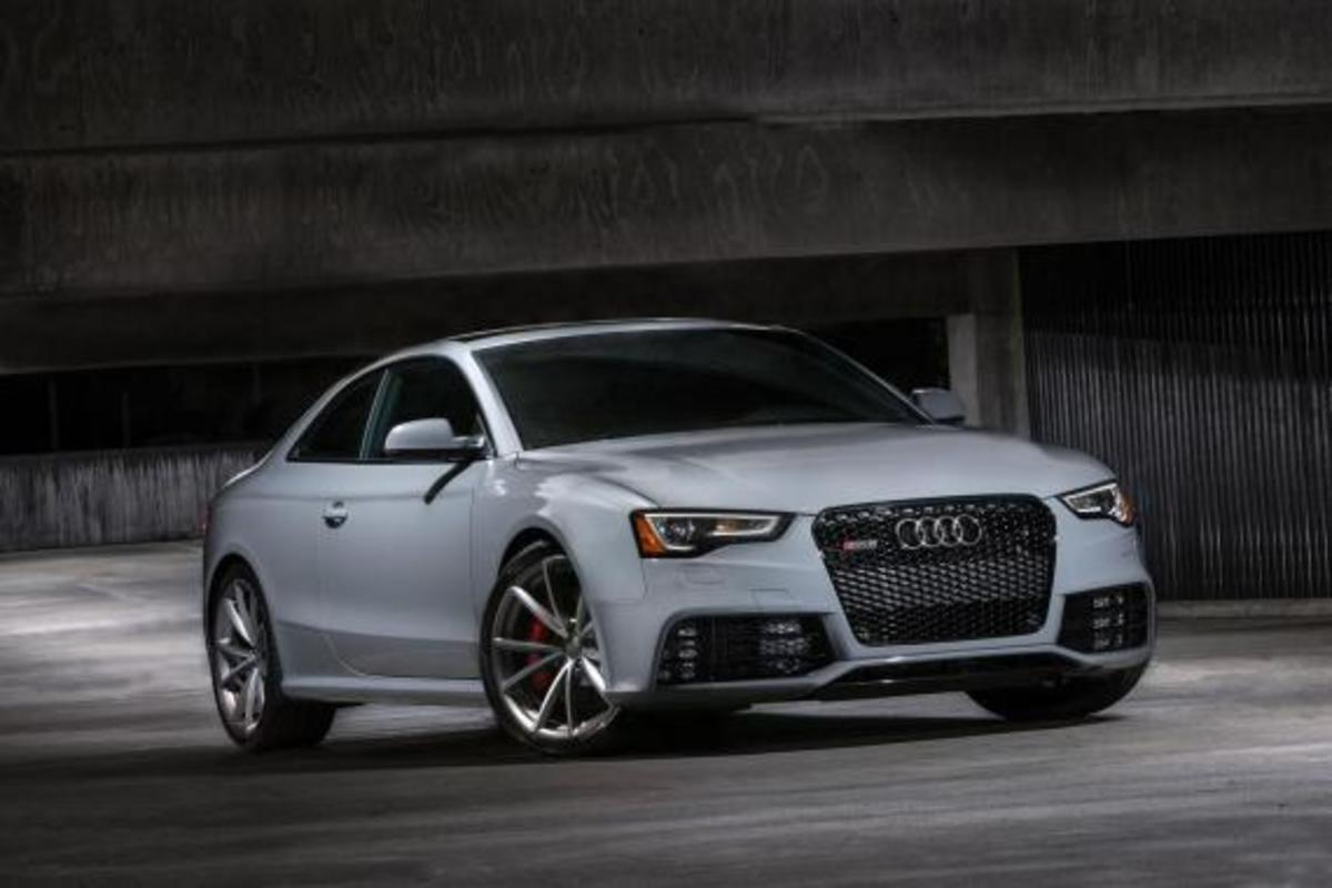 2015-audi-rs-5-coupe-sport-edition-03