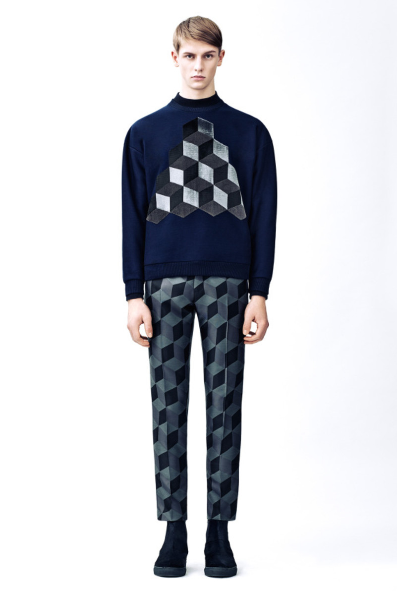 christopher-kane-fall-winter-2015-collection-08