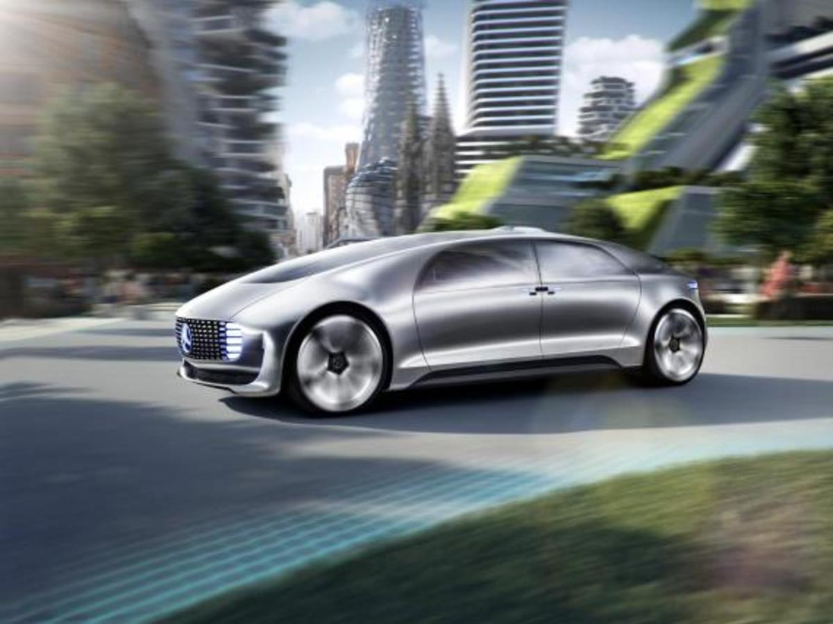 mercedes-benz-f-015-luxury-in-motion-concept-13