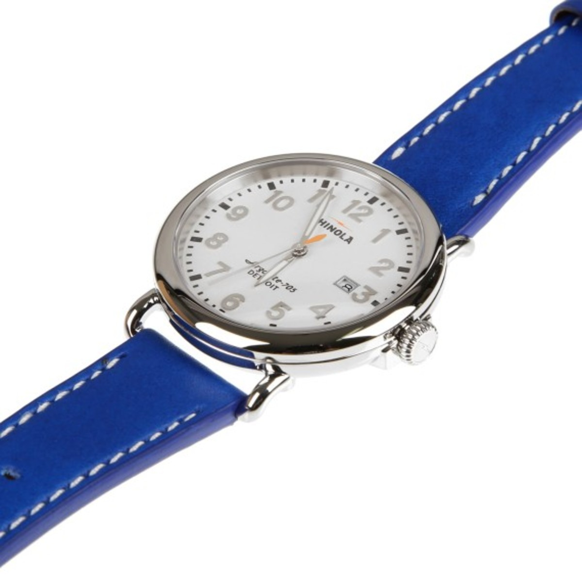 colette-shinola-runwell-watch-02