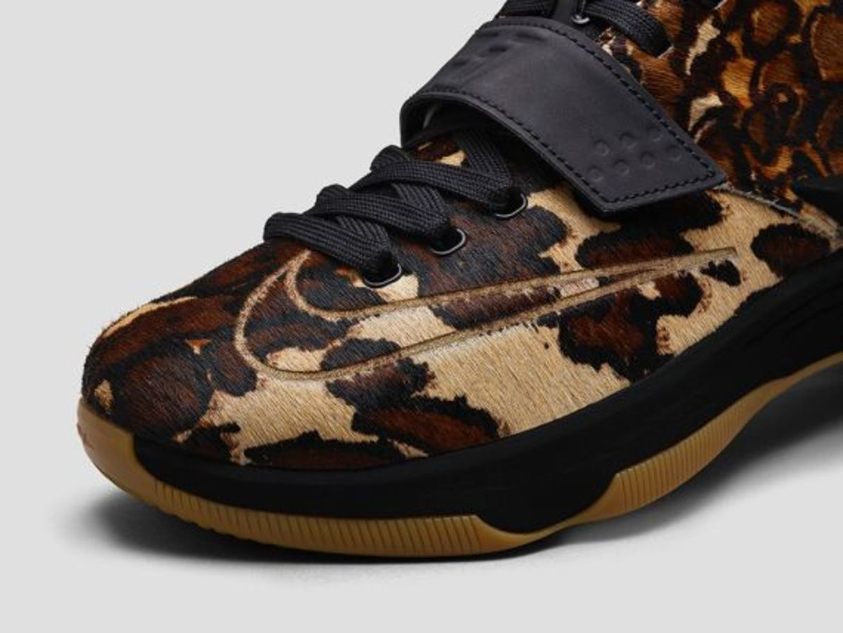 nike-kd-7-lifestyle-longhorn-state-03