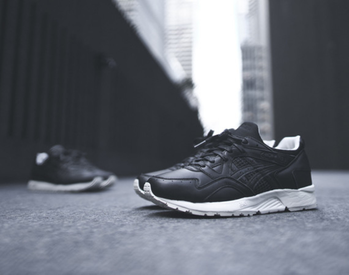 kith-asics-gel-lyte-v-and-gt-2-grand-opening-01