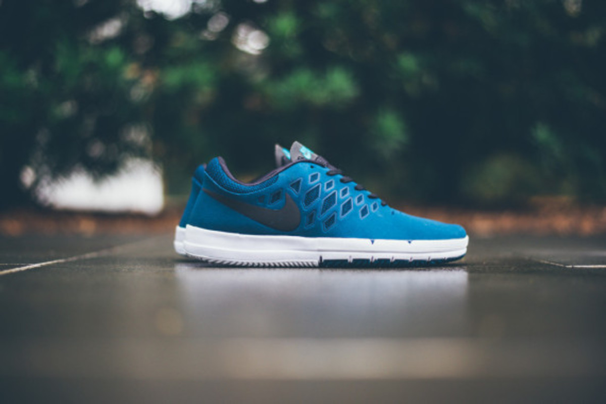nike-free-sb-blue-force-05