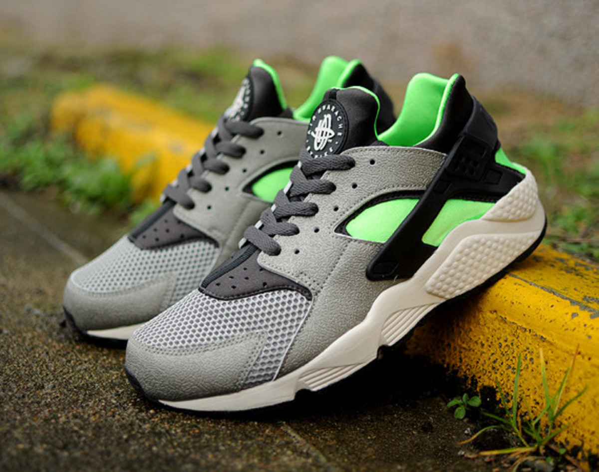 hot sale online ce6f5 2418b ... release date nike air huarache run grey lime green 01 67260 a7de5  inexpensive the poison ...