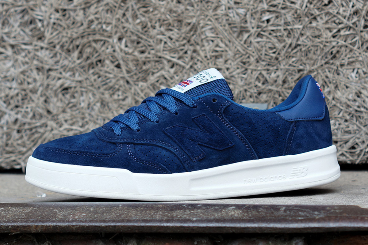 new-balance-flying-the-flag-collection-available-now-01