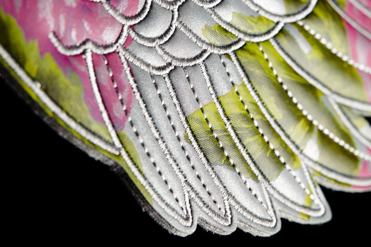 adidas-originals-by-jeremy-scott-wings-floral-05