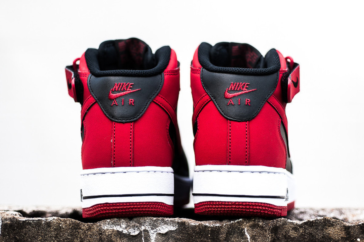 nike-air-force-1-mid-bred-available-now-03