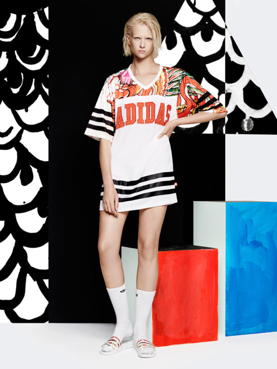 adidas-originals-by-rita-ora-dragon-print-lookbook-02