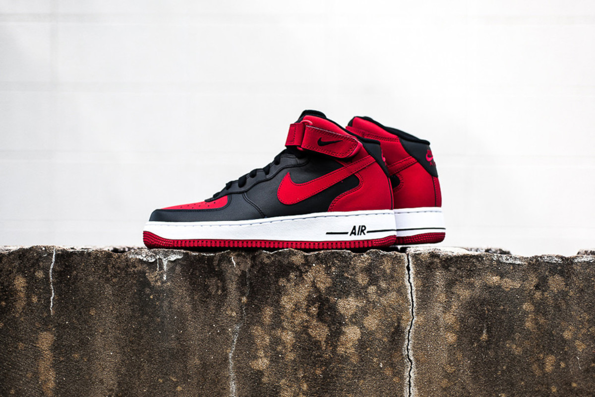 nike-air-force-1-mid-bred-available-now-05