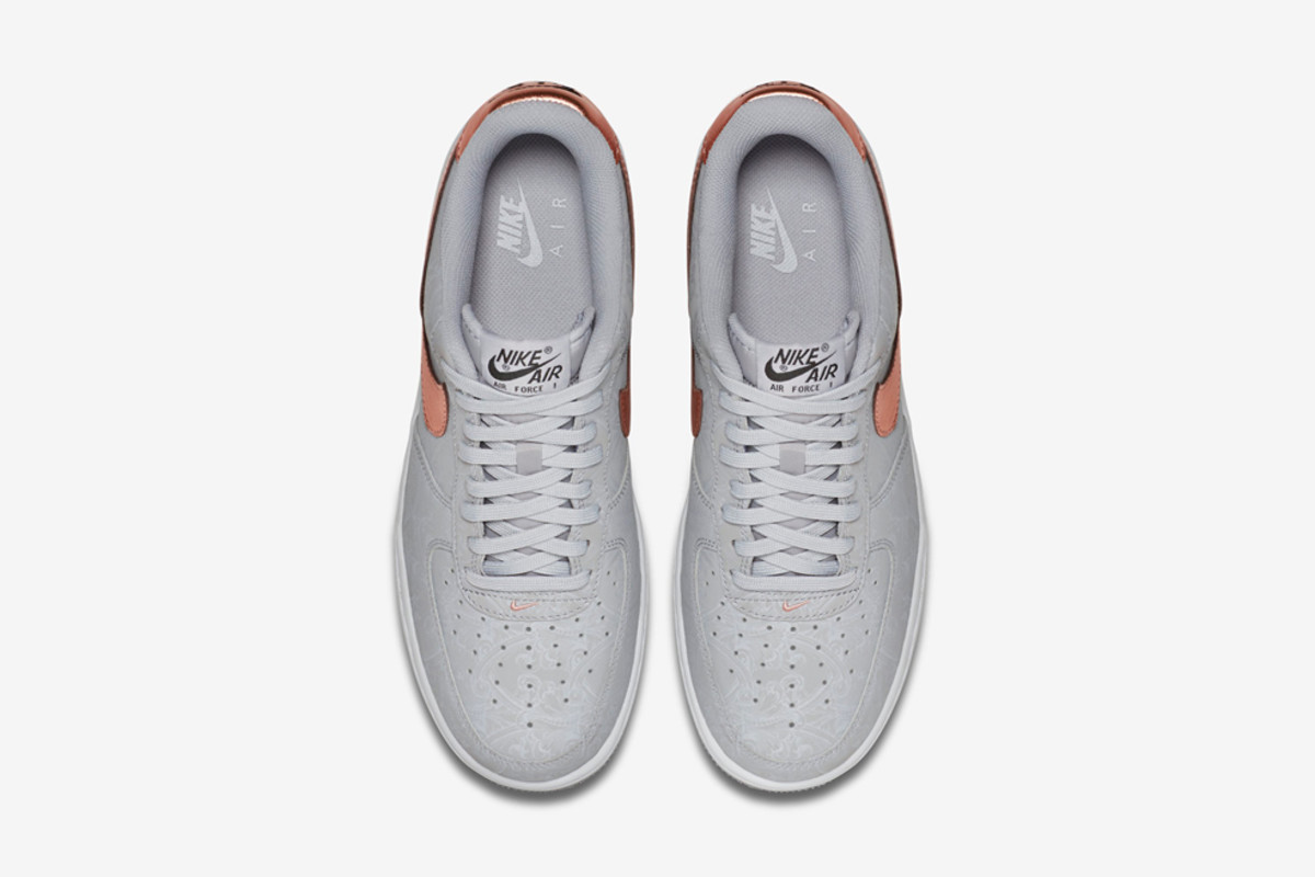 nike-air-force-1-lv8-wolf-grey-metallic-red-bronze-05