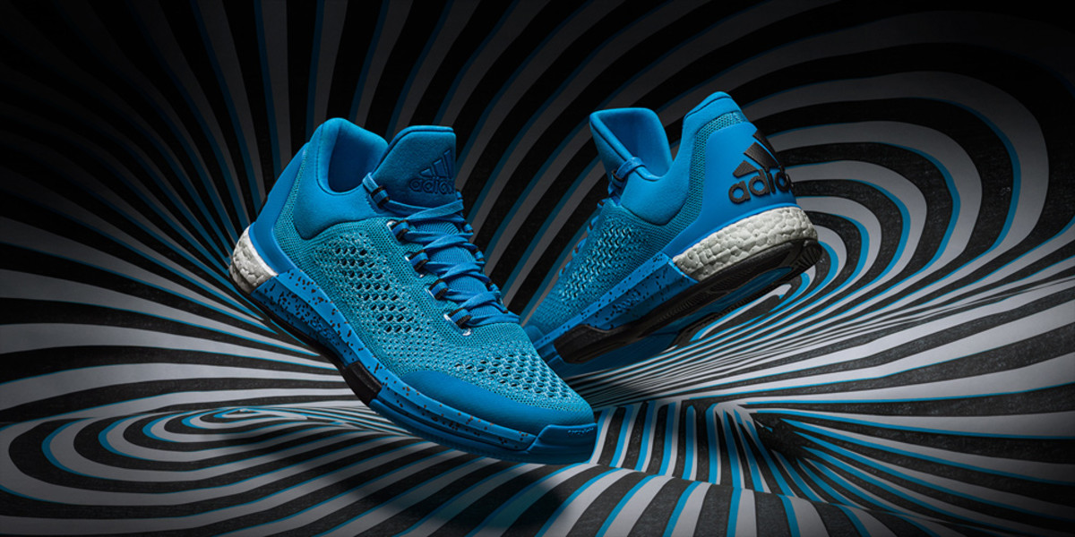 adidas-crazylight-boost-2015-01